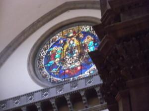 オッキオ(丸窓)