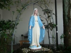 中町教会聖母像