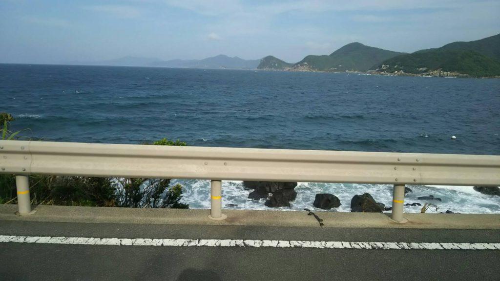 三井楽海岸線
